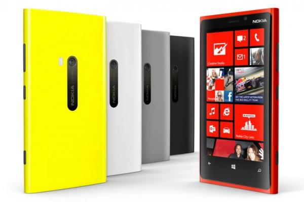 3.-Nokia-Lumia-920-Image-Courtesy-PC-World